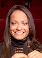 Judy Reyes bio picture