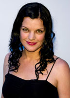 Pauley Perrette bio picture