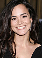 Alice Braga bio picture
