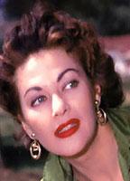 Yvonne De Carlo bio picture