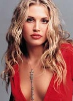 Willa Ford bio picture