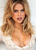 Alice Eve bio picture