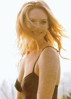 Anna Torv bio picture