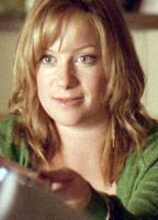 Katie Lyons bio picture