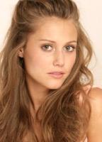 Julianna Guill bio picture