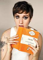 Lena Dunham bio picture