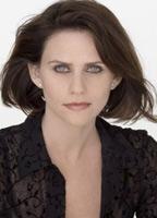 Amy Landecker bio picture