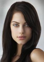 Julia Voth bio picture