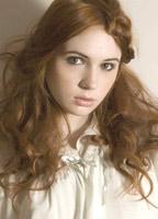 Karen Gillan bio picture