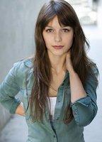 Melissa Benoist bio picture