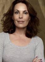 Carolina Ferraz bio picture