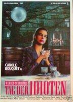 Carole Bouquet as Carole in Tag Der Idioten
