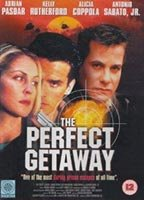 Kelly Rutherford as Julia Robinson in The Perfect Getaway