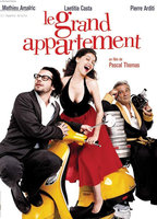 Laetitia Casta as Francesca in Le grand appartement
