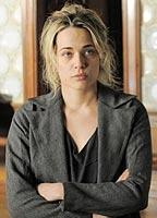 Laura Chiatti as Luciana in Il sogno del maratoneta