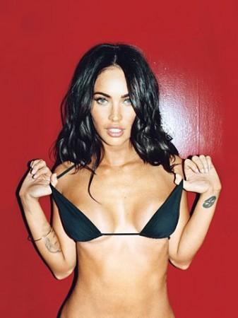 Megan Fox sexy black bikini 2