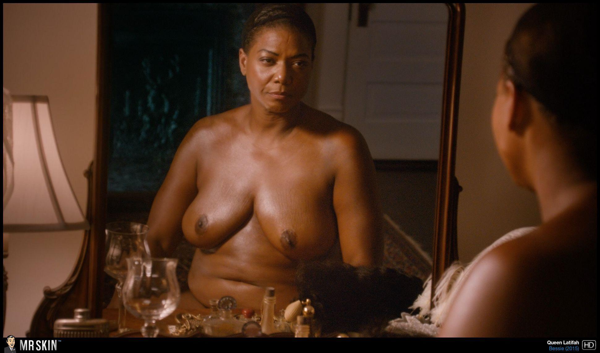 Webcam shows tits