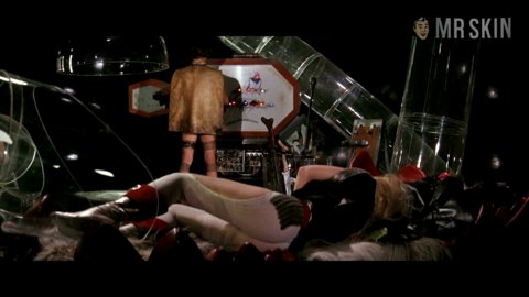 Barbarella fonda hd 07 large 3
