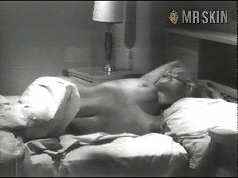 naked black chicks having orgasims