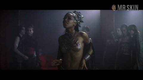 Queenofthedamned aaliyah hd 01 large 3