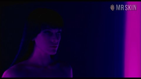 Ultraviolet jovovich hd 01 large 3
