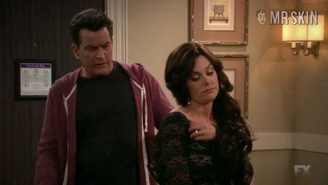 Angermanagement charlieandthetwins e59 s02e49 bundy hd 01 large 3