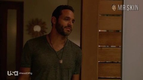 Graceland s02e10 ferlito hd 01 large 3