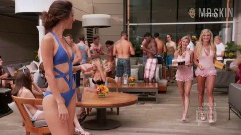 Girlfriendsguidetodivorce 1x6 garrett zadegan hd 01 large 3