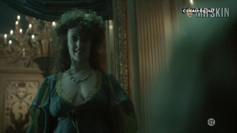 Versailles1x03 thoumire 01 large 3