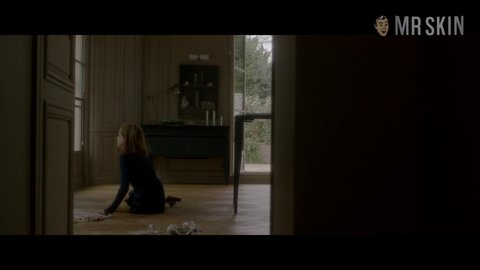 Elle huppert hd 01 large 3