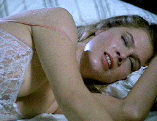 ... sex--such as William Hurt and Kathleen Turner (Picture: 1) in Body Heat, ...