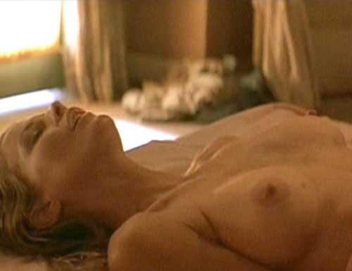 ... Kim Basinger (Picture: 1), Kathleen Turner (Picture: ...