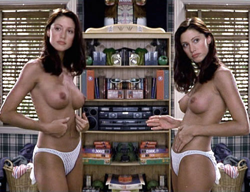 American Pie Is there any debate here? Shannon Elizabeth in the scene when ...