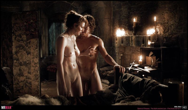 male nudity in middle ages