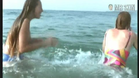 Girlsswim besco 02 large 3