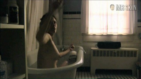 Celeb Annabeth Gish Brotherhood Nude Gif