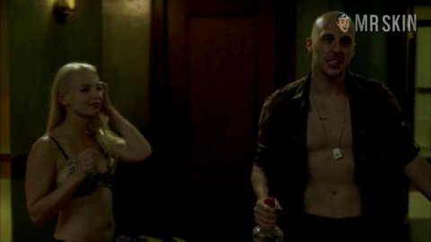 hostel-movie-nudes-lois-griffin-sexy-videos