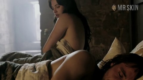 jessica brown findlay breasts