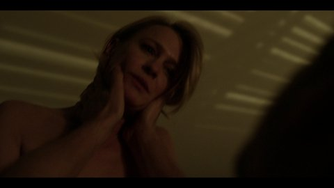 Houseofcards5x12 wright uhd 01 large 3
