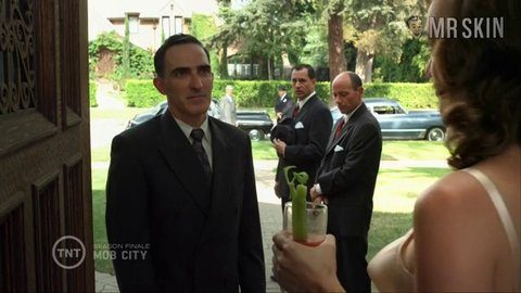 Mobcity e6 siegel hd 01 large 3