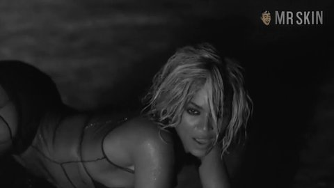 Drunkinlove beyonce hd 01 large 3