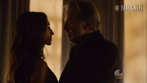 Bloodandoil 01x06 beaufort hd 01 large 3