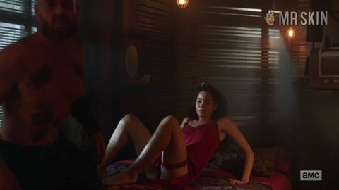 Intothebadlands 02x08 madeleinemantock hd 02 large 5